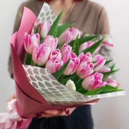 21 розовый тюльпан