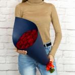 """Букет """"21 бордовая роза в крафте"""""""