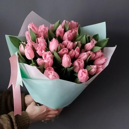 45 махровых розовых тюльпанов